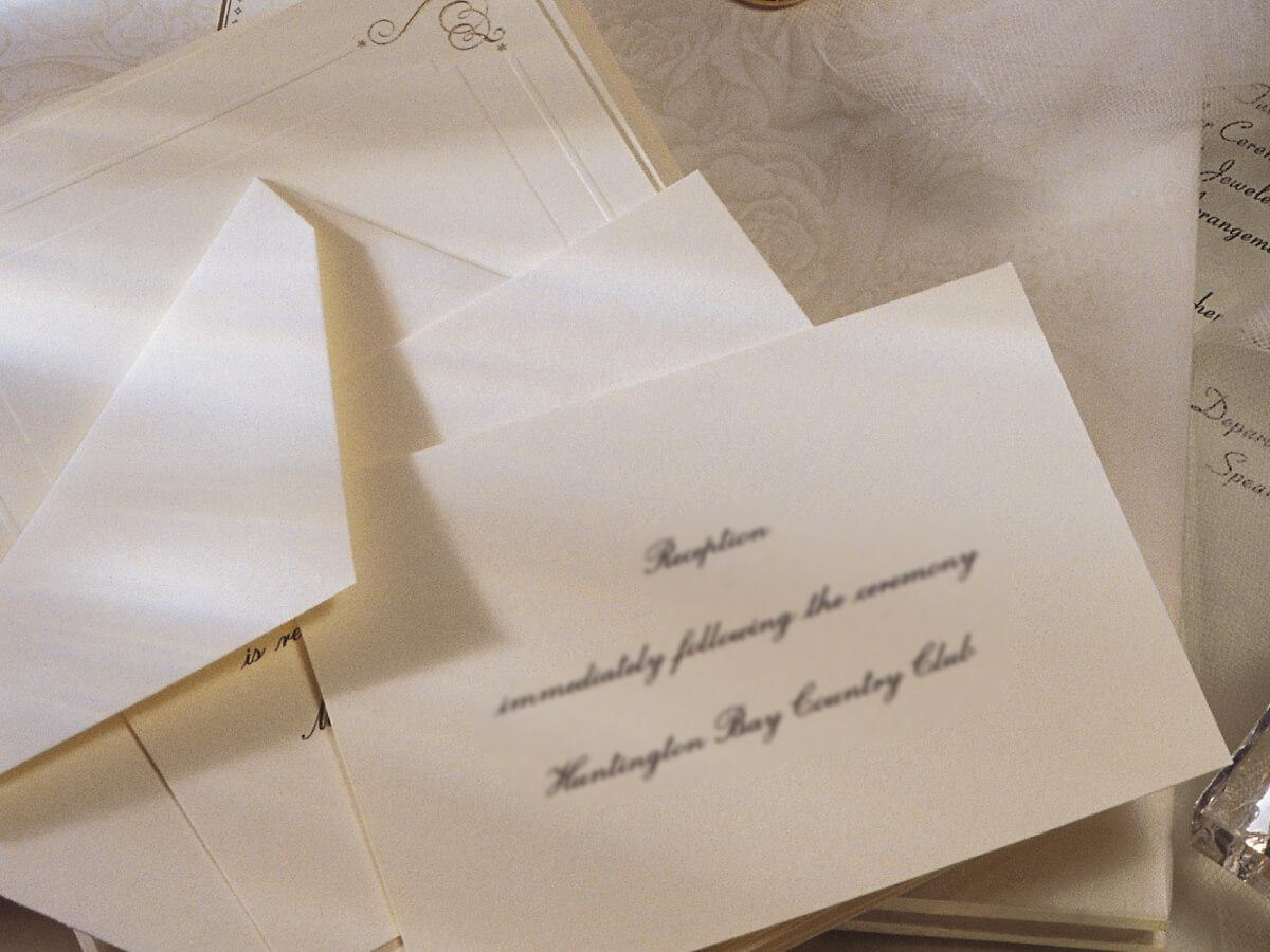 Partecipazioni Matrimonio Kitsch.Idee Partecipazioni Matrimonio E Meglio Classico O Moderno